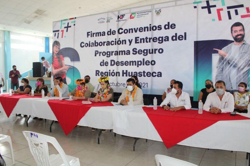 FIRMA DE CONVENIO POR PARTE DE LA PRESIDENTA ERIKA SAAB LARA